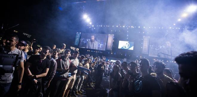 esl pro league moves to LAN format only